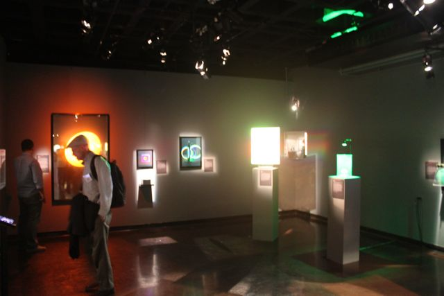 D Hologram Exhibition : Isdh at mit